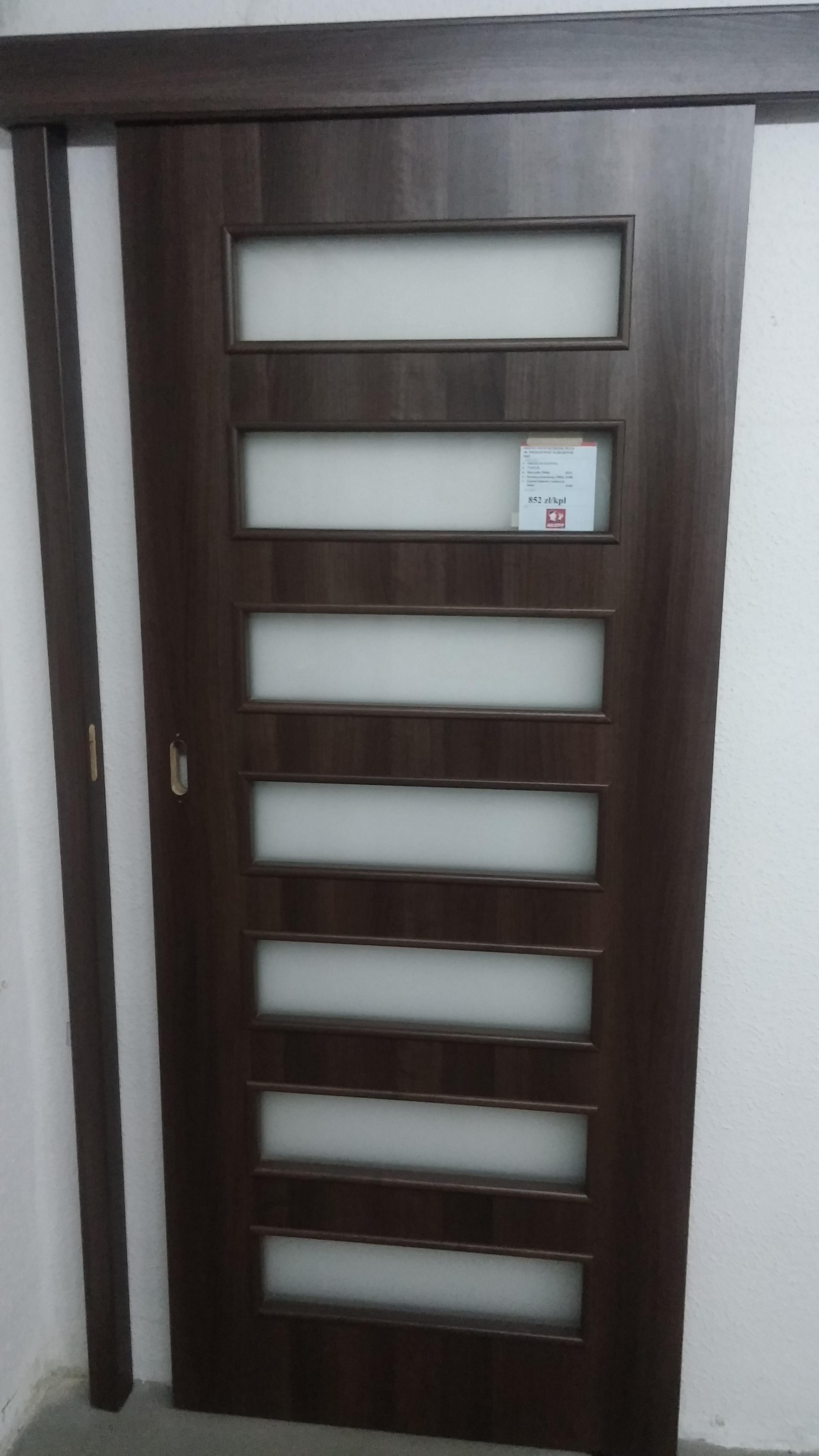 Dre Drzwi Wewnętrzne Przesuwne Naścienne Plus30 Orzech Satyna